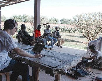 Maalem Mahmoud Guinia, Floating Points and James Holden break Border Community