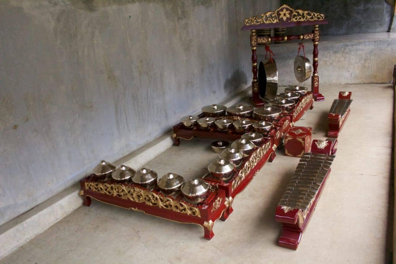 Indonesia For Beginners: Priangan and Gamelan Degung